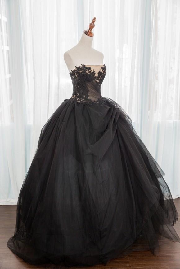 禮服出租:黑色法式蕾絲晚禮服