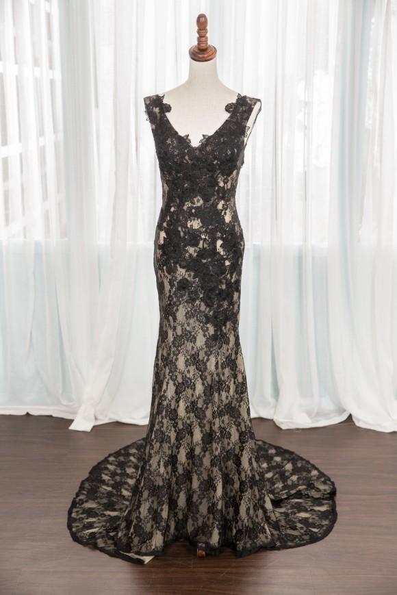 禮服出租:透膚裸黑蕾絲晚禮服[全新開放拍照使用]