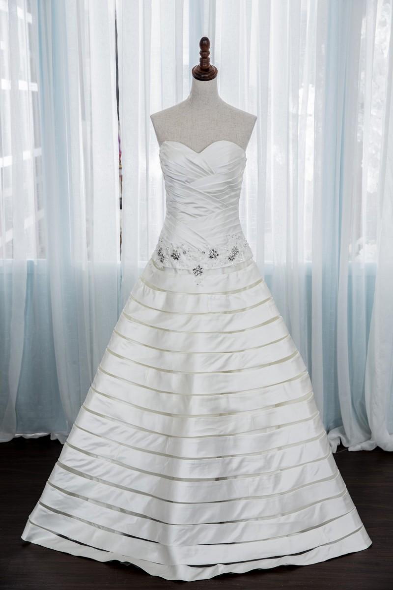 手工婚紗:法式宮廷手工白紗