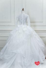 手工婚紗:巴洛克式蕾絲白紗