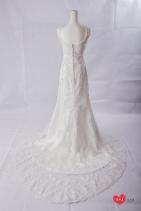 手工婚紗推薦:花漾刺繡美背白紗