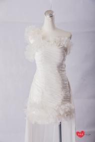 手工婚紗:迷人藕露背白紗